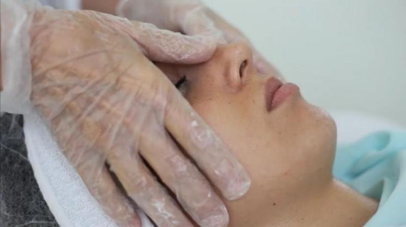 Limpeza de Pele Profunda com Extração de Cravos Agendamento Jardim Modelo - Limpeza de Pele Masculina