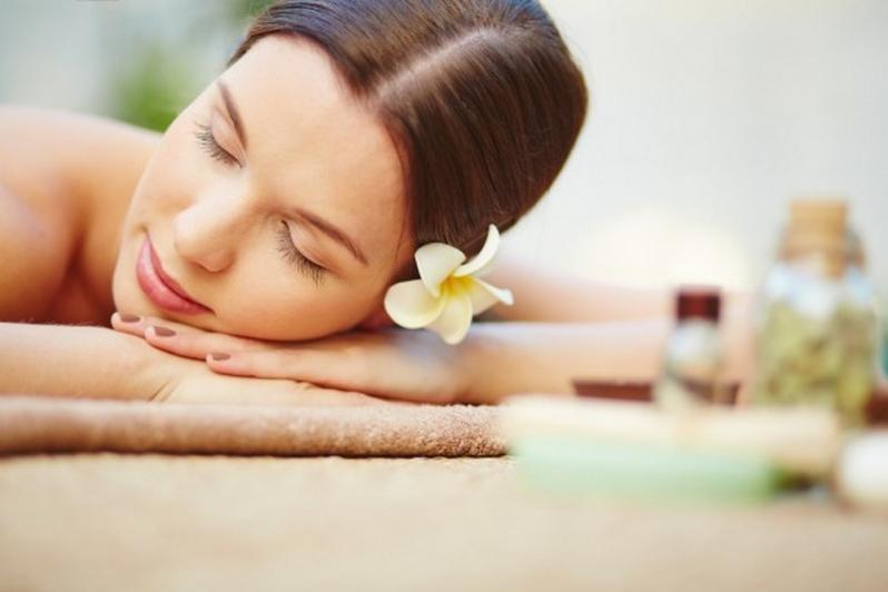 Massagem Relaxante com Pedras Agendamento Santa Terezinha - Massagem Relaxante Homem
