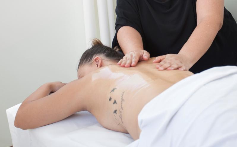 Massagem Relaxante nos Pés Vila Dom Pedro II - Massagem Relaxante Homem