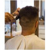 luzes em cabelo masculino