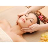 clínica de massagem relaxante