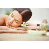 massagem relaxante com pedras