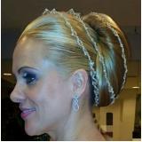 salão para penteados simples para casamento Vila Eleonore